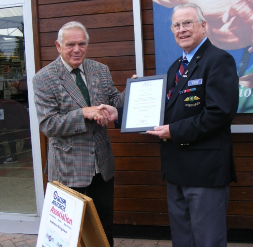 Presenting certificate of Appreciation to Brookside Garden Centre